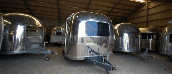 parking_airstream4u_indoor.jpg