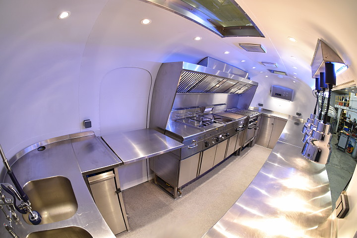airstream_mobile_kitchen_1960_interior1.jpg