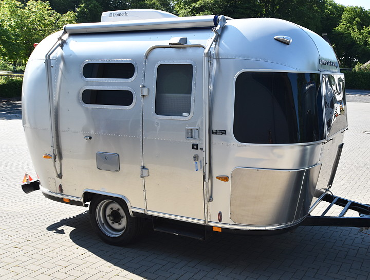 2004_CCD_custom_airstream.jpg